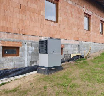 Instalace tepelného čerpadla vzduch-voda v novostavbě rodinného domu