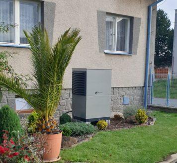 Tepelné čerpadlo vzduch-voda sloužící k vytápění rodinného domu